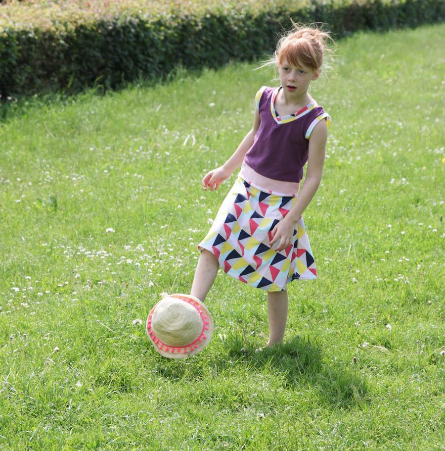 zomerjurkje, recykleren, jurkje van oud shirt, naaien, creatief, diy, sewing, tricot van oud shirt