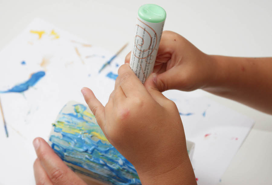 kaarsen versieren, tekenen op kaarsen, vaderdag, juffendag, moederdag, knutselen met kinderen, crafts for kids, bolsius kaarsen, kaarsen maken, knutselen, diy kaarsen
