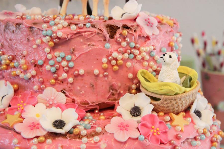 diy paardentaart, paardencake maken voor meisje , verjaardagstaart kinderverjaardag, makkelijke roze taart
