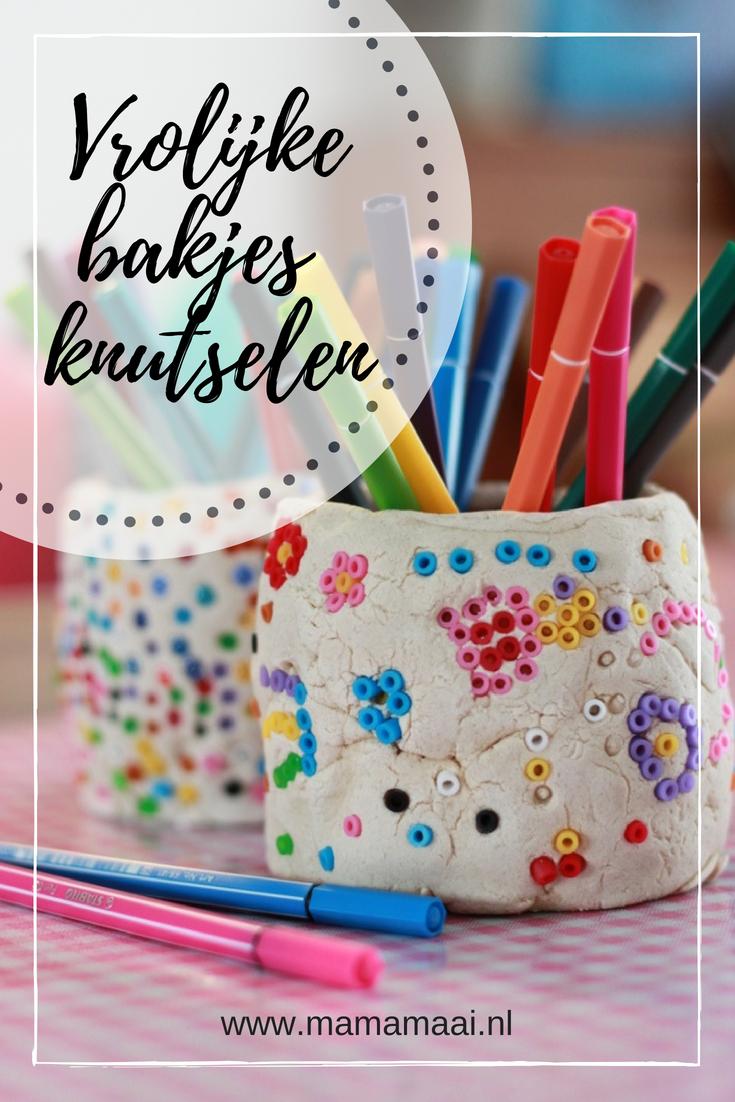 vrolijke bakjes van zoutdeeg knutselen, strijkkralen, hamabeads, pennenbakje maken met kinderen voor vaderdag, moederdag, juffendag als zelfgemaakt klein cadeautje