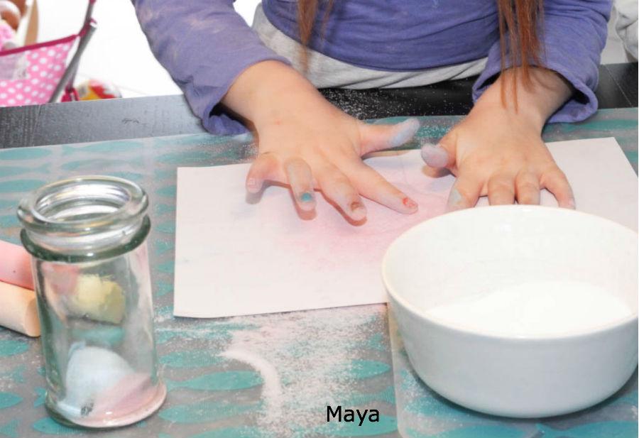 happy sand, crafts for kids, knutselen, zout en stoepkrijt
