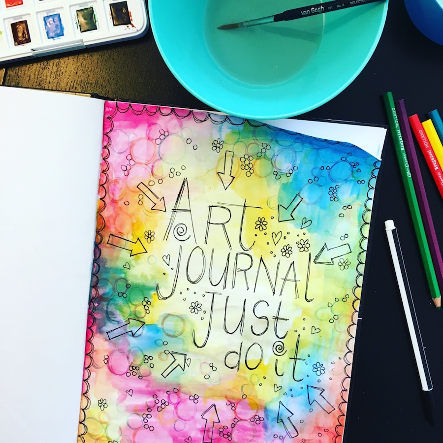 art journal, diy, creatief, me time, knutselen, verf, waskrijt, stempels, waterverf, aquaria, collage