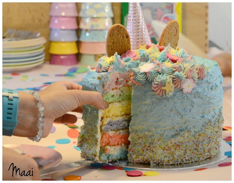 unicorncake, regenboogtaart, unicorn rainbow cake, eenhoorn taart
