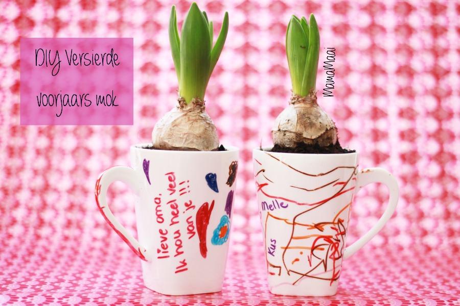 porselein stiften, theemok versieren, voorjaar in een kopje