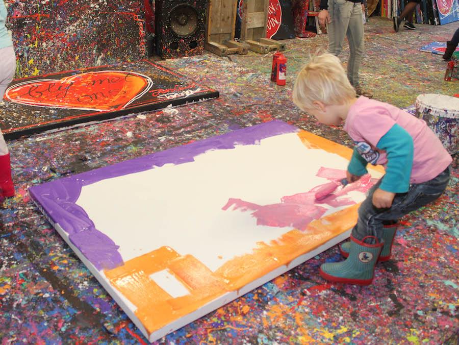 jacksart, gezinsschilderij, uitje met Kinderen, creatief, zelf maken, verven, schilderen, dagje weg met kinderen, leuk uitje, art, familiekunst, herinneringen maken