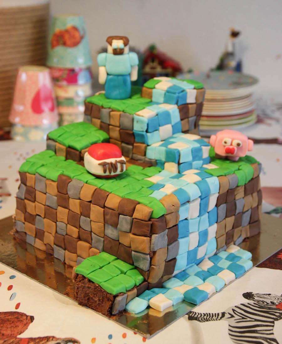 minecraft taart, taart jongen, kinderverjaardag, birthday cake, chocolade taart