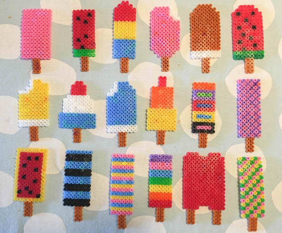 voorbeelden strijkkralen ijsjes, patronen ijsjes met strijkkralen, ijsjesslinger maken van strijkkralen, knutselen met kinderen, creatief met klueters, haha beats, strijkkralen ijsjes, diy