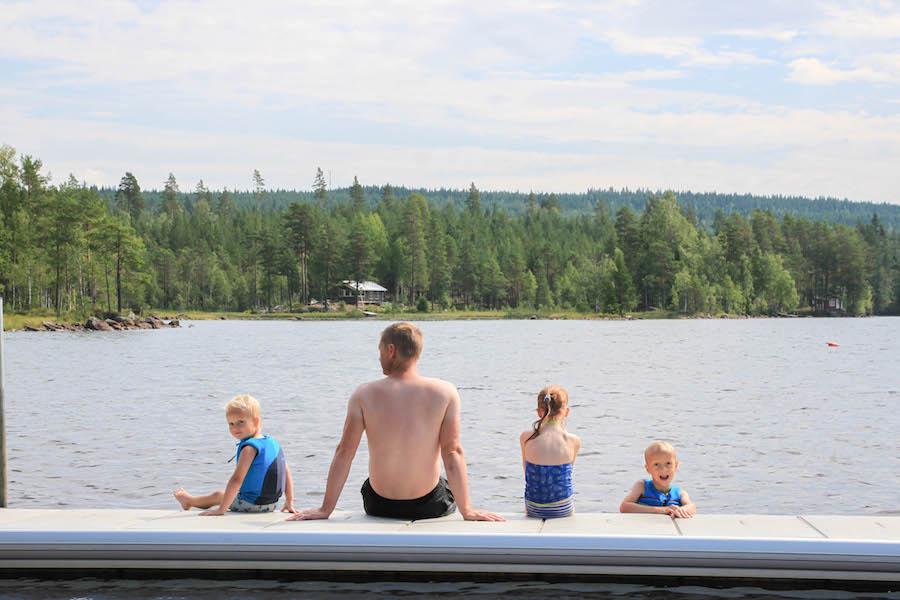familierondreis door zweden snoepreisje door zweden, Frederiksburg, Marieberg, meren, mooie natuur, geocachen, pharosreizen, vakantie met kinderen,