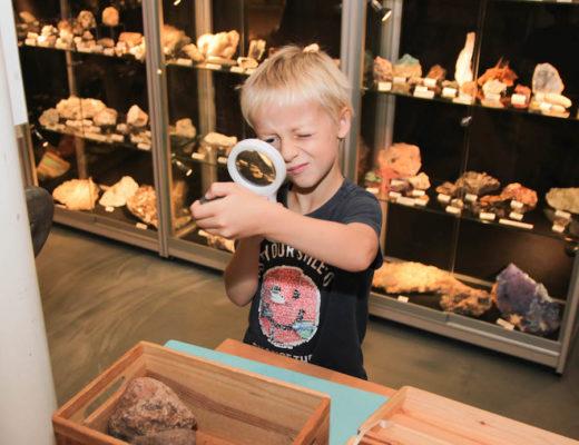geologischmuseum hofland laren, stenenmuseum, kindvriendelijkmuseum, museumjaarkaart, dagje weg in Nederland