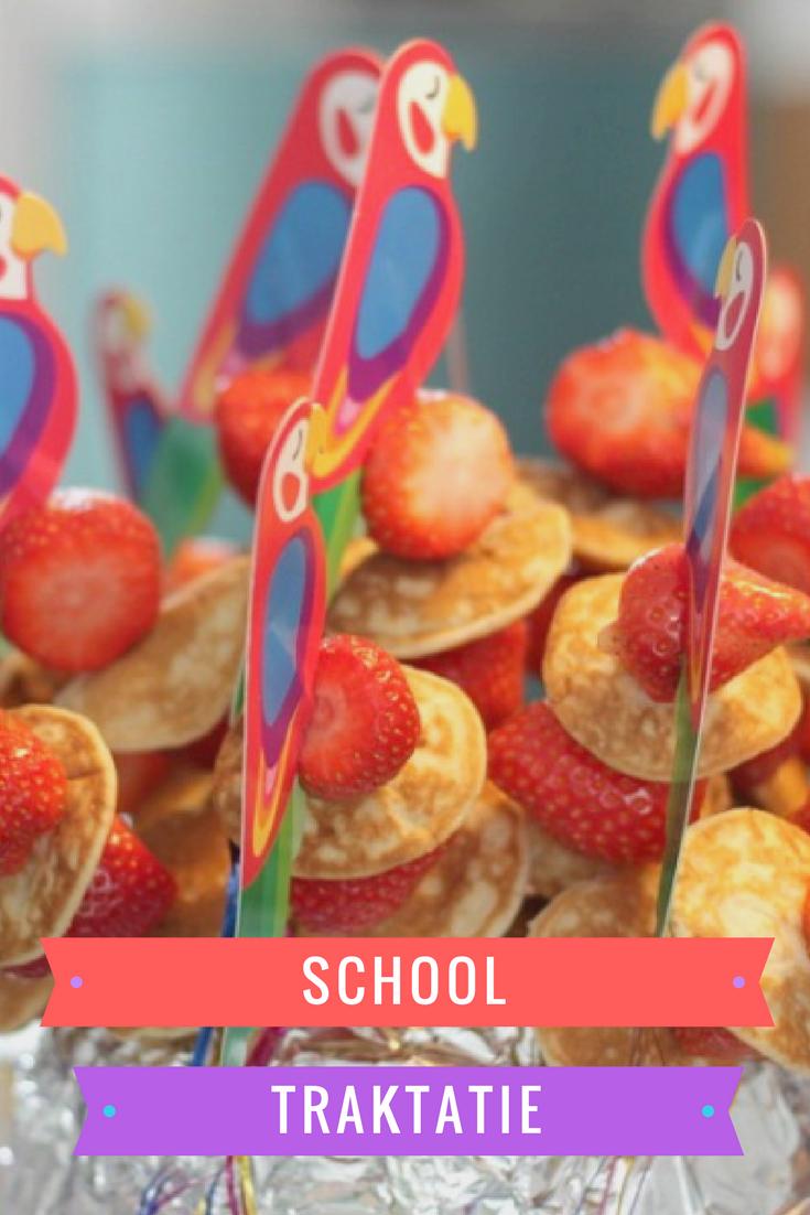 school, kleuters, simpele traktatie, gezond, trakteren, aardbeien en poffertjes,