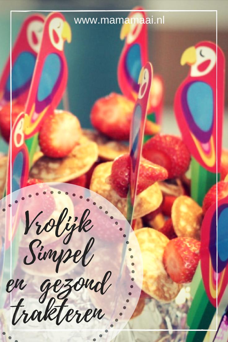 simpele traktatie, trakteren kleuters, gezond, poffertjes met aardbeien