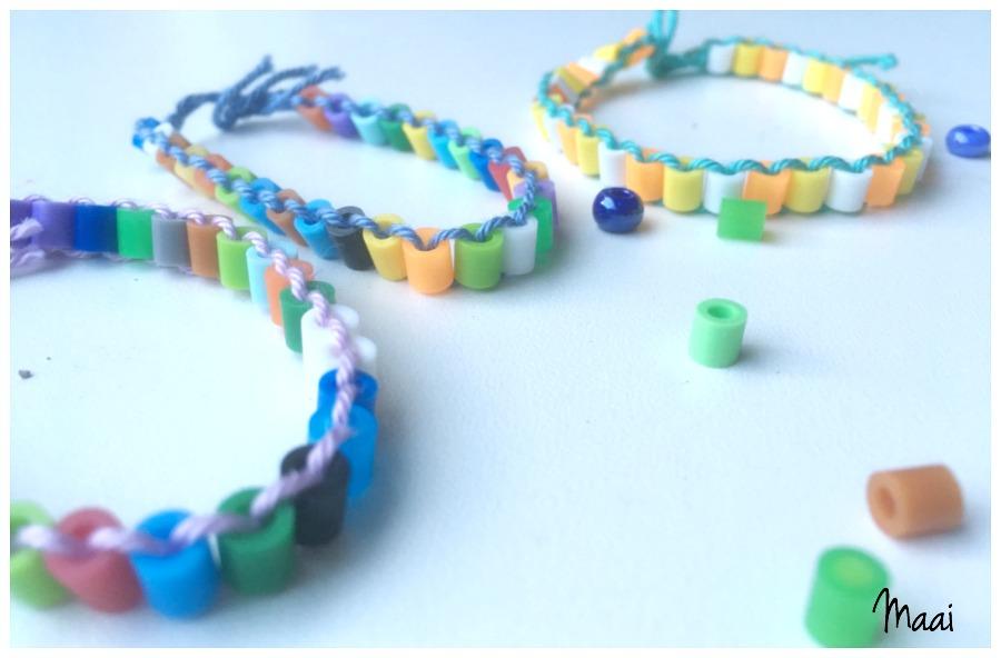 armbandjes strijkkralen maken, knutselen met kinderen