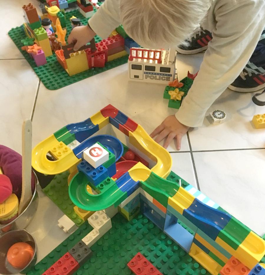 duplo, hubelino, leukste speelgoed driejarige peuter, speelgoed tips peuter, cadeau idee peuter, jongens