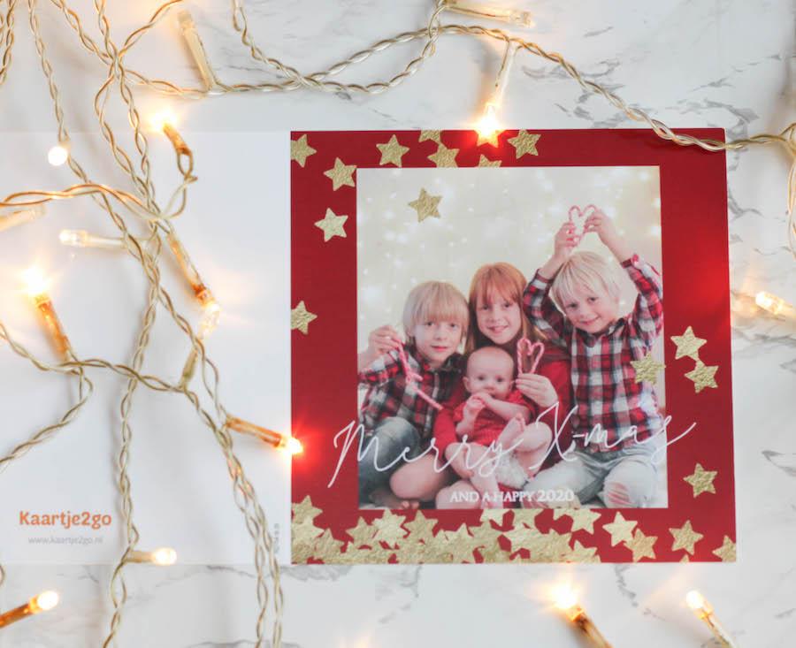 Sfeervolle kerstfoto maken van kinderen, kerstkaartmaken, kerstwens, kerstgroet, fotokerstkaart maken, kinderen fotograferen
