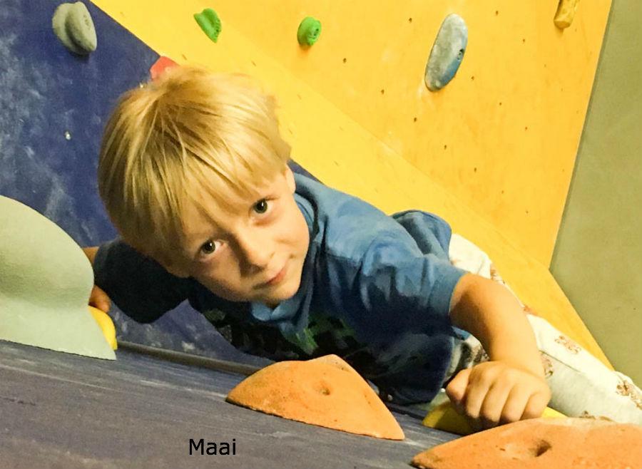 stoer kinderfeestje, klimmen, boulderhal impact almere