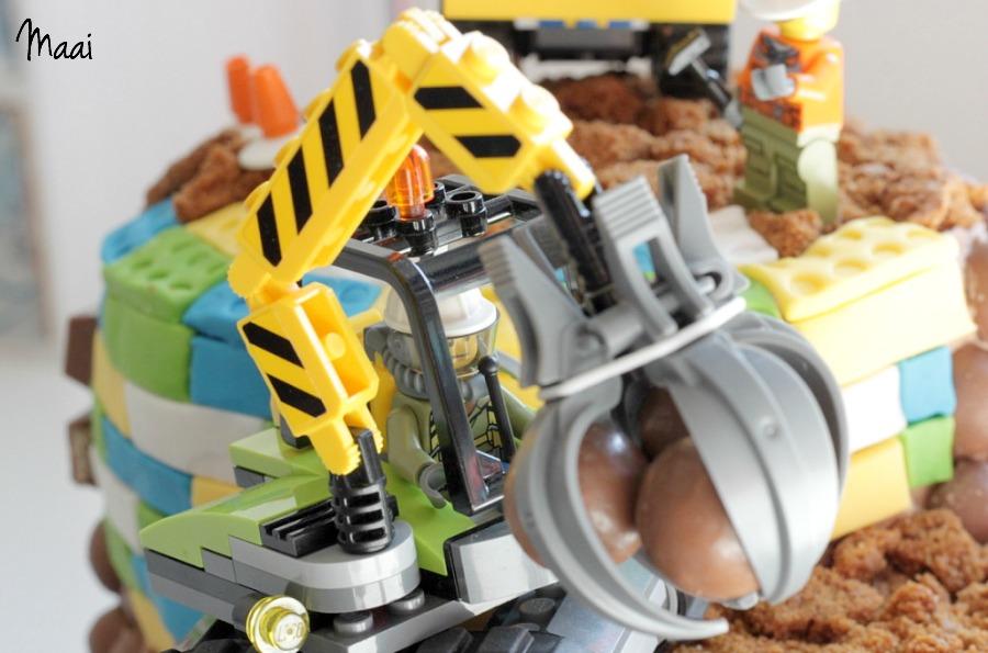 legotaart, lego verjaardagstaart, lego birthday cake, verjaardagtaart jongen, kitkat taart