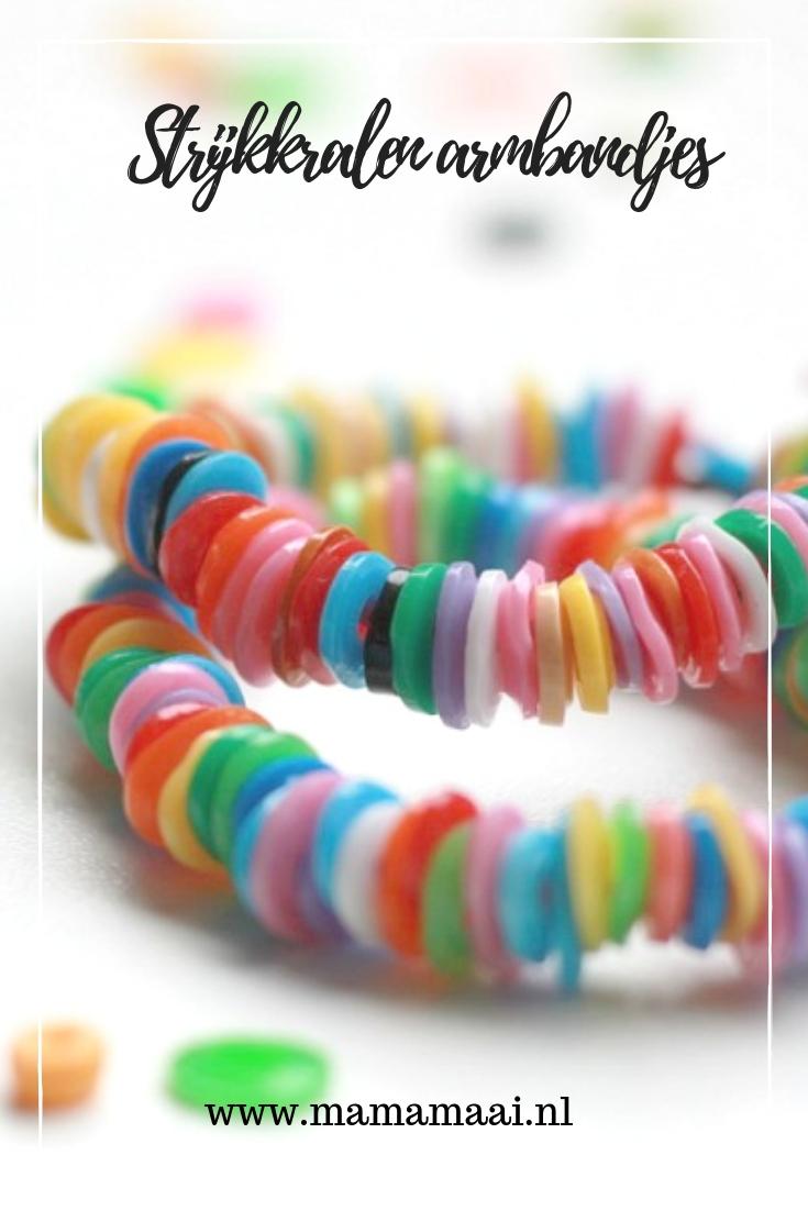 armbandje van strijkkralen, knutselen met kinderen