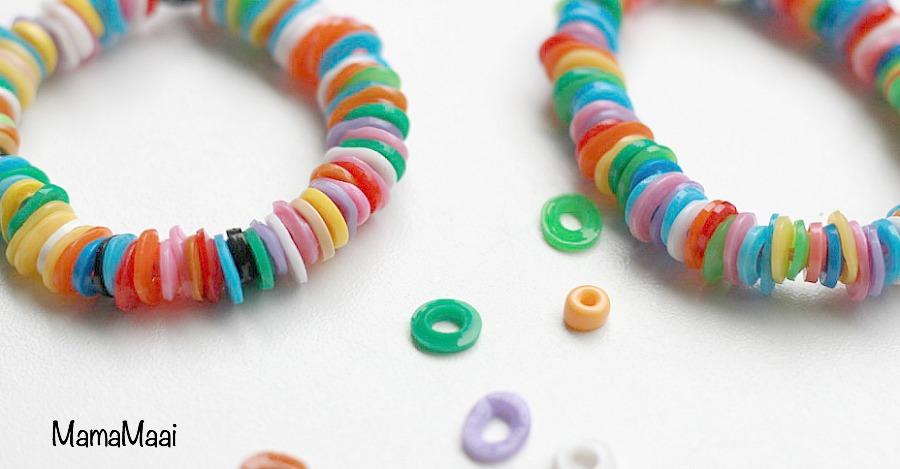 armbandje van strijkkralen, hamabeads, knutselen met kinderen, knutselen met strijkkralen, armbandjes knutselen